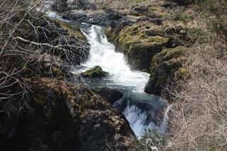 waterfalllll12222.jpg